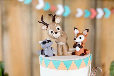 Un cerf, un renard et un raton laveur pour décorer le gâteau