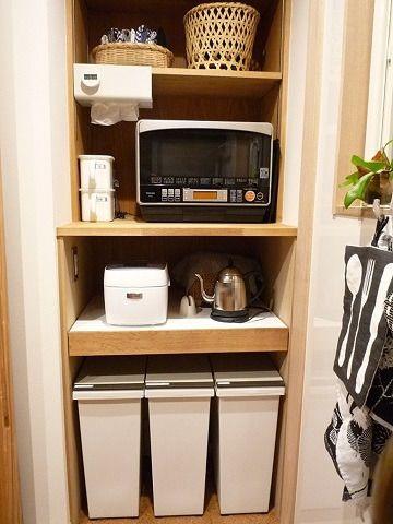 入居後web内覧会 キッチン2 引き戸で隠す背面収納とオープンな家電