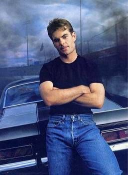 Jeff Gordon Pictures ( image hosted by sportscasualties.wordpress.com )