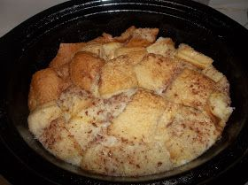 Crock Pot Gourmet: French Toast Casserole 4 cups of milk 8 eggs 1 loaf of bread 2 tbsp cinnamon   1/4 cup Sugar 1 tbsp Vanilla Cook on low for 8 Hours!
