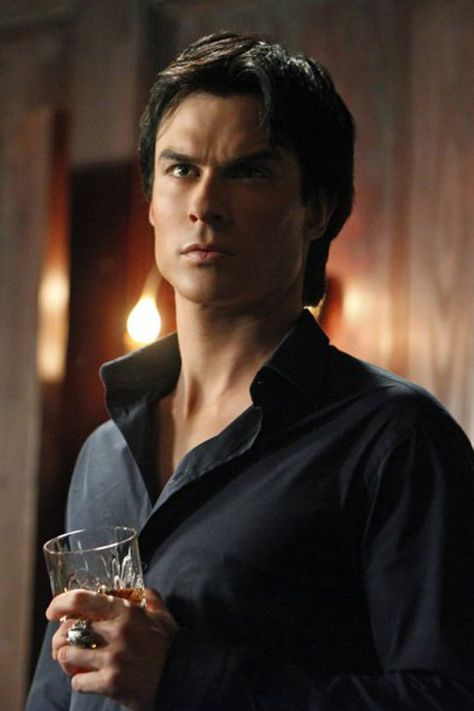Ian Somerhalder as Damon Salvatore in Vampire Diaries Vampire Diaries Damon, Wallpaper Vampire Diaries, Quotes Vampire Diaries, Ian Somerhalder Vampire Diaries, Vampire Dairies, Vampire Diaries The Originals, Robert Redford, Lana Turner, Leonardo Dicaprio