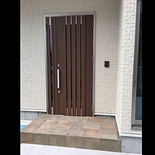 玄関 入り口 Lixil 玄関ドア ジエスタ クリエモカ などのインテリア実例 2018 06 27 16 41 32 Roomclip ルームクリップ 玄関ドア リクシル ドアーズ 玄関ドア リクシル ジエスタ