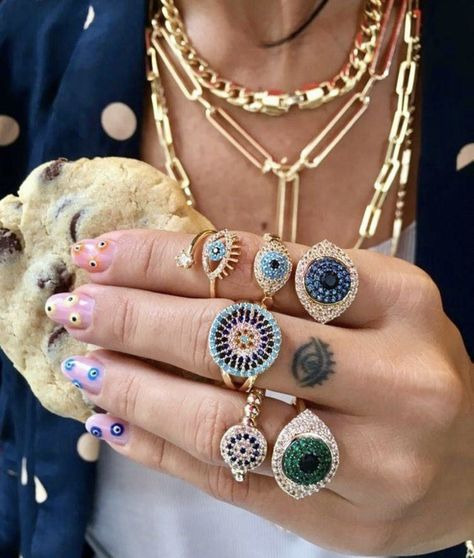 Which color is your eye 🧿💚💙🧿💚💙👁💙💚🧿👁rings by order Evil Eye Nails, Evil Eye Ring, Evil Eye Bracelet, Cute Jewelry, Jewelry Rings, Jewelry Accessories, Jewelery, Trendy Accessories, Tattoos Mandala