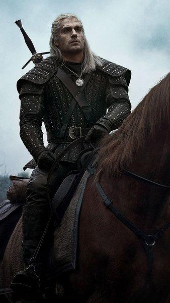 The Witcher Geralt Henry Cavill Netflix Series 4k 3840x2160 1920x1080 2160x3840 1080x1920 Wallpaper The Witcher The Witcher Geralt Geralt Of Rivia