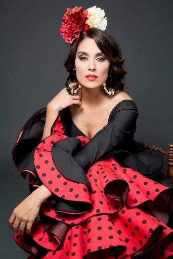 Moda flamenca.    -->Elsie RC