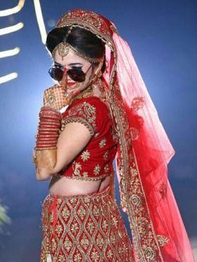 21 Best Photography Poses photos by jeetudhakouliya | HappyShappy #bestmarriagephotography