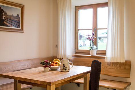 Immobilien ab 1 Mio Euro u2013 Sitzecke und Eckbank aus Ulmenholz - eckbänke für küchen