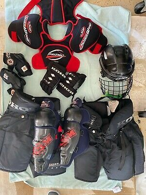 Advertisement Ebay Youth Kids Hockey Equipment Lot Of 10 Helmut Shoulder Elbow Pads Gloves In 2020 Hockey Kids Hockey Shoulder Pads Hockey Equipment