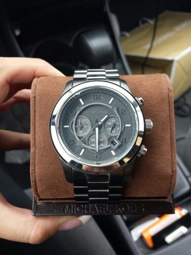27b357ef7c2c Michael kors watch for men. Boyfriends birthday present. Mens gift ideas.