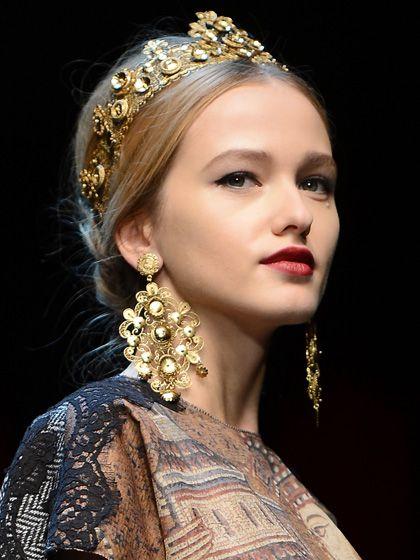 """Dolce & Gabbana's """"Italian Princess"""" chignon."""