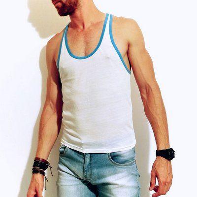 aca19bfb7 Camiseta regata colorida tyedie masculina estilosa. No estilo Clube da  Luta.