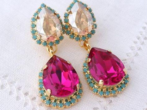 #weddings #jewelry #earrings #bridesmaidgift #bridalearrings #swarovskiearrings #chandelierearrings #statementearrings #dangleearrings #dropearrings #crystalearrings #rhinestoneearrings #bridalwedding #hotpink #pinkturquoise