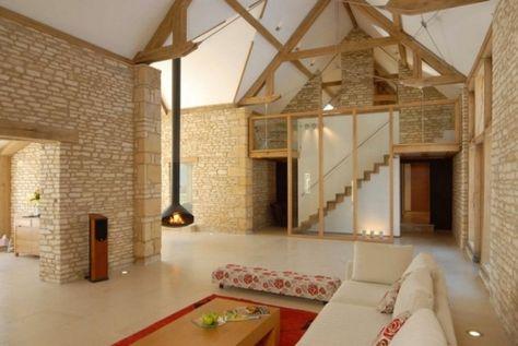 Umgebaute-Scheune-wohnhaus-interieur-design-natursteinwand