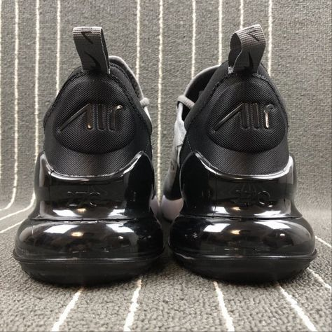 Top Quality Nike Air Max 270 Retro Grey Black-White Men s Skateboarding  shoes Casual 829ffa36f