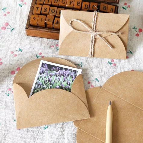 Mini enveloppes Kraft, 9 x 6 cm - Enveloppes pour graines, Scrapbooking, Carterie, Bullet Journal, Mariage, Remerciements #enveloppes #kraft #scrapbooking #kraftenvelope #wedding #seedenvelopes #enveloppesgraines #mariage