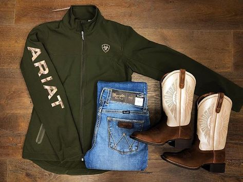 Jacket outfit women, Ariat clothing