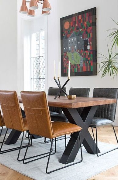 Table Salle A Manger Contemporaine Bois Massif Et Metal Table Salle A Manger Salle A Manger Bois Salle A Manger En Chene