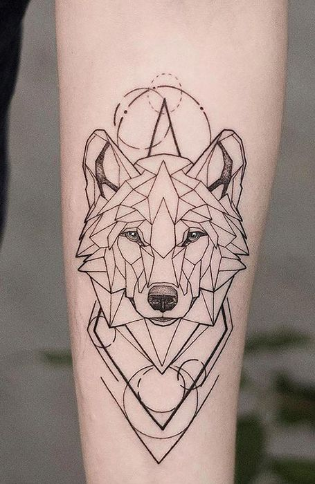 25 Wild Wolf Tattoos For Men In 2020 Geometric Wolf Tattoo Geometric Tattoos Men Geometric Animal Tattoo