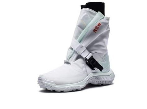f4f74e6ceac3 NIKE WOMEN S GAITER BOOT - WHITE BARELYGREEN BLACK PUREPLATINUM