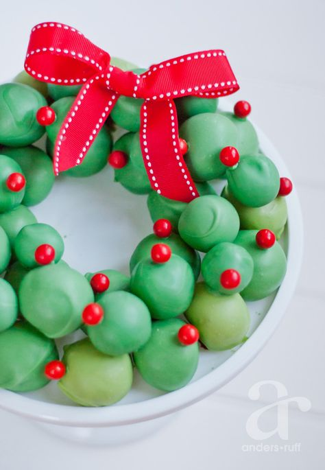 oreo cookie balls wreath