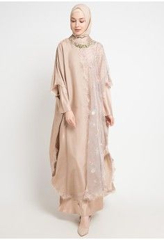 Dqo-Tania from Luire by Raden Sirait in Source by nesyanatalia dresses muslim