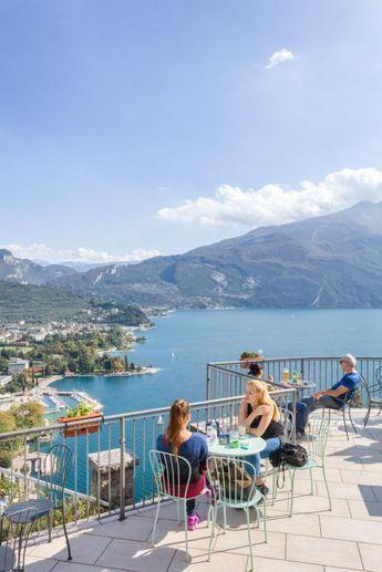 The most beautiful viewpoints on Lake Garda - #beautiful #Garda #Lake #paris #Viewpoints