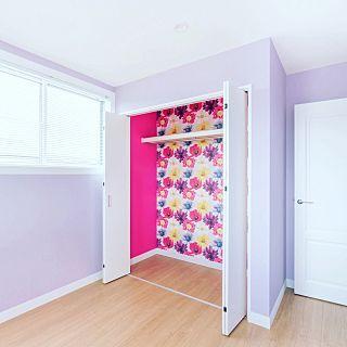 部屋全体 パープル むらさき 紫 紫の壁紙 などのインテリア実例