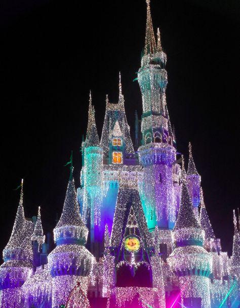 Cinderella Castle Christmas Lights.Cinderella Castle Christmas C Laura Bellamy Christmas
