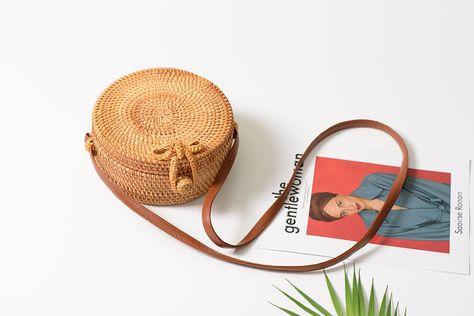 Hand gewebte Rattan Stroh für Frauen Bali Korb Runde Strand Umhängetasche.