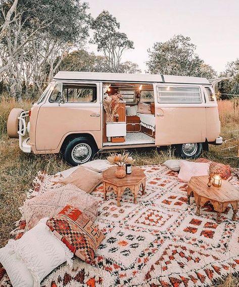 caravan interior 577445983461486621 - 59 Amazing Caravan Interior Design Ideas- 2020 – Page 4 of 59 – coloredbikinis. com Wohnwagen pimpen Source by Kombi Trailer, Vw Caravan, Caravan Ideas, Caravan Renovation, Caravan Makeover, Summer Aesthetic, Travel Aesthetic, Cozy Aesthetic, Vw Camping