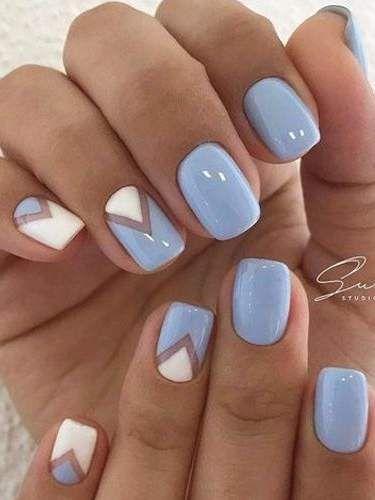 Cool light blue nail design. bluenail light white nails