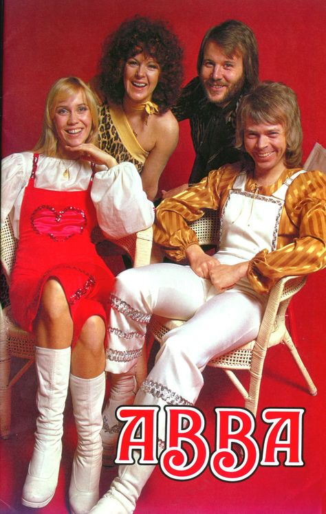 ABBA in holland for the magazine 1975 Music Album Covers, Music Albums, Music Like, My Music, Abba Sos, Abba Mania, Aretha Franklin, Popular Music, Belle Photo