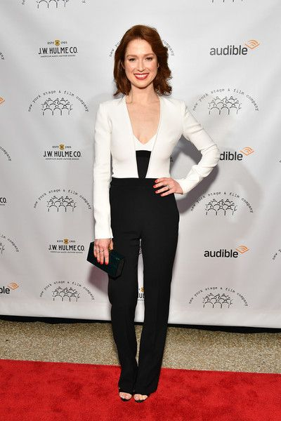 Ellie Kemper attends the 2017 New York Stage & Film Winter Gala.