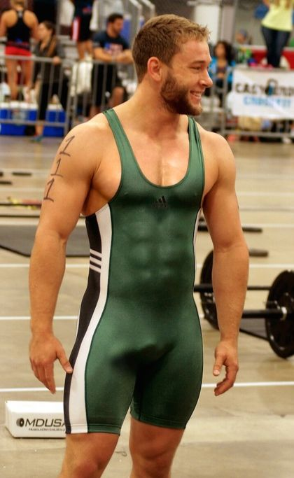 College wrestlers big bulges men from holland