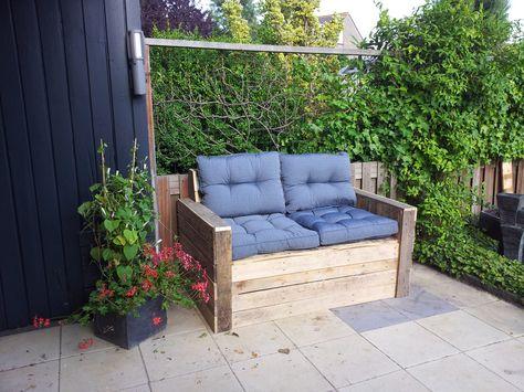 Laat nu een lounge bank op maat bouwen van pallethout. Check www.alshetmaarvanhoutis.nl voor meer informatie