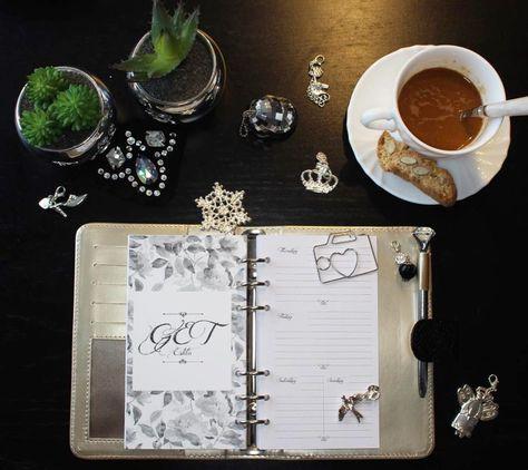 calendar Gümüş süslemeler ile hayat...