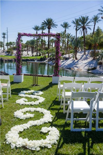 Cili Las Vegas Nv Restaurant And Outdoor Wedding Venue Las Vegas Wedding Venue Outdoor Wedding Venues Las Vegas Golf