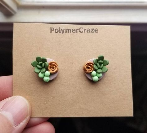 Easy Polymer Clay, Polymer Clay Projects, Polymer Clay Charms, Polymer Clay Creations, Polymer Clay Jewelry, Clay Crafts, Polymer Clay Fairy, Polymer Clay Figures, Polymer Clay Flowers