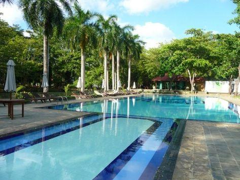 160 Tolle Bilder Von Luxus Pool Im Garten Hotel Hotel Pool Resort Pools