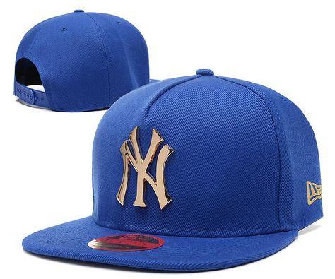 f2ad54634f2 Men s New York Yankees New Era 9Fifty Gold Metal NY Logo A-Frame Baseball  Snapback Hat - Grey   Black