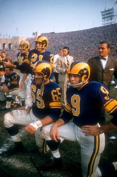 Rams On The Sideline At The L A Coliseum 1957 Nfl Football Players Rams Football Vintage Football