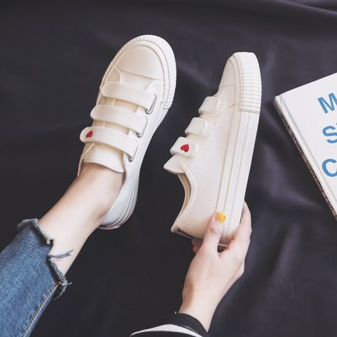 35.09US $ |Women Canvas Shoes 2020 Spring New Fashion Canvas Shoes Women Cute Heart Flats Black Sneakers Women Korean Style Casual Shoes|Women's Vulcanize Shoes|   - AliExpress