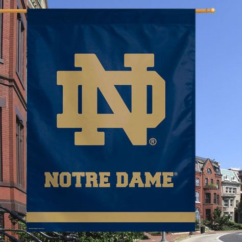 Notre Dame Fighting Irish WinCraft 27'' x 37'' Classic Vertical Flag