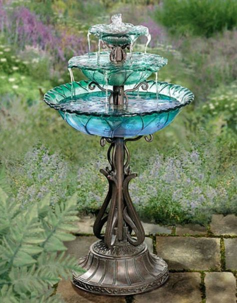 Old Lamps - a few bright upcycle ideas Ideas to repurpose old lamps - turn one into a fountain.Ideas to repurpose old lamps - turn one into a fountain. Glass Garden Art, Glass Art, Garden Totems, Bird Bath Garden, Diy Bird Bath, Old Lamps, Water Features In The Garden, Glass Flowers, Flower Pots
