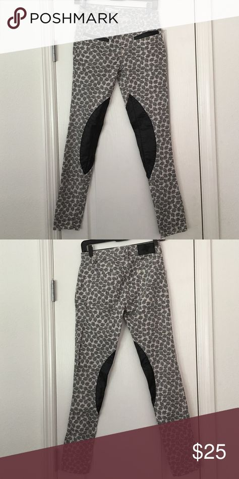 BCBGENERATION PRINTED PANTS WORN ONCE BCBGENERATION FASHION BCBGeneration Pants Skinny