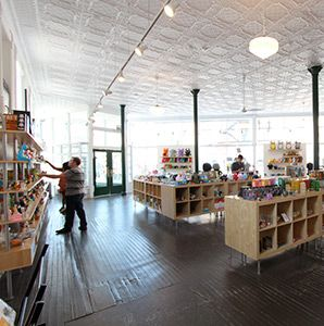 125 Best Toy Stores Images On Pinterest | Shops, Store Design And Toy  Display