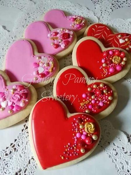 Saturday Spotlight Top 10 Valentine S Day Cookies Valentines Baking Valentine S Day Sugar Cookies Valentine Cookies Decorated