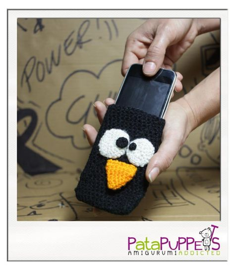 Penguin cover for smartphone
