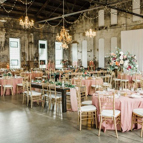 My swoon fest on Stef + Michael's wedding continues... check out these beautiful captures from @trishburtzel 😍.  • 📸 @trishburtzel  💐 @bloomdesignsmn  📍 @thenpspace  • #destinationweddingplanner #internationalweddingplanner #partyplanner #weddingplanner #eventplanner #weddingplanning #eventplanning #mnweddingplanner #weddingdesign #eventdesign #bridesrealweddings #destinationbride #mnwedding #weddingday #receptiondecor #weddingcenterpiece #weddinginspo #weddinginspiration #tablesetting