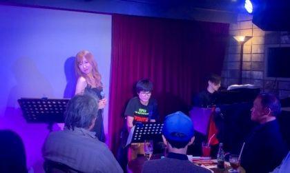 蘭華憂いと希望の歌声で紡ぐシャンソンカフェで自身初のX'masライブ